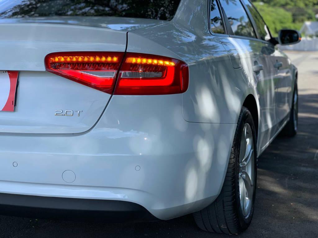 Foto numero 9 do veiculo Audi A4 2.0 TFSI - Branca - 2014/2014