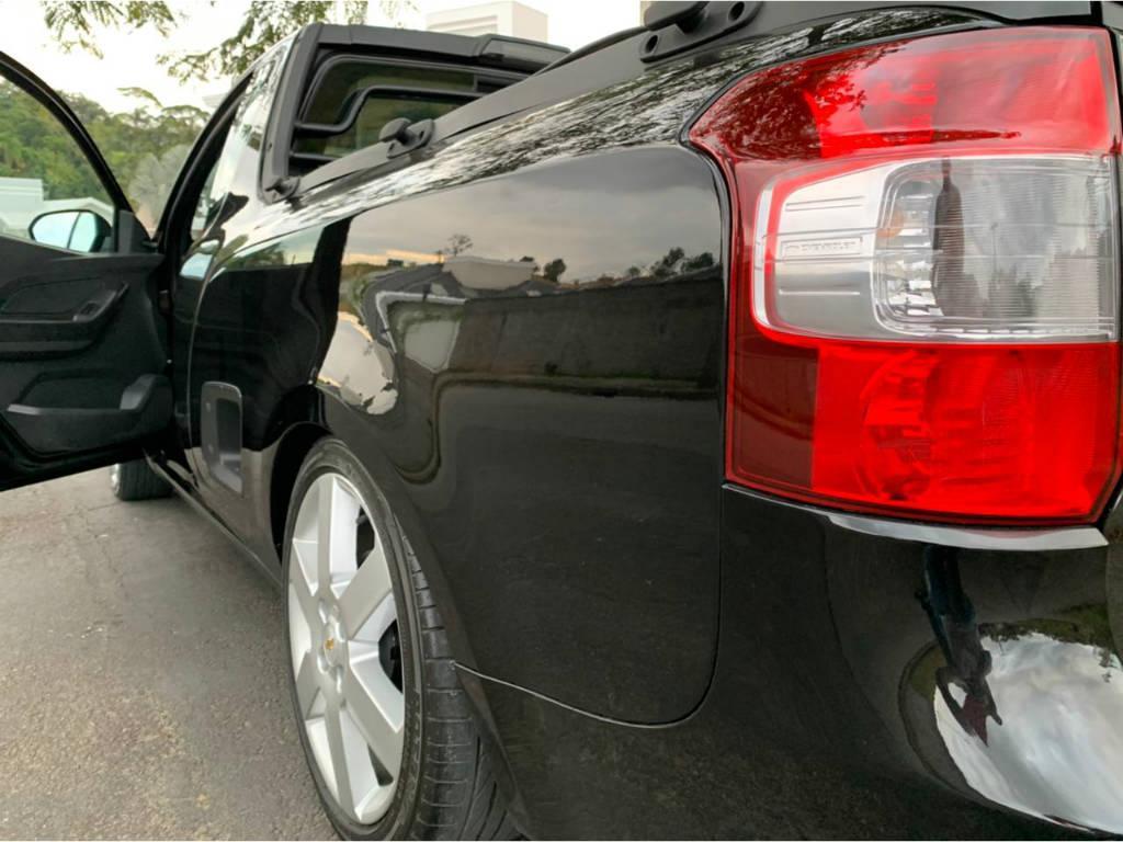 Foto numero 7 do veiculo Chevrolet Montana LS 1.4 - Preta - 2013/2013