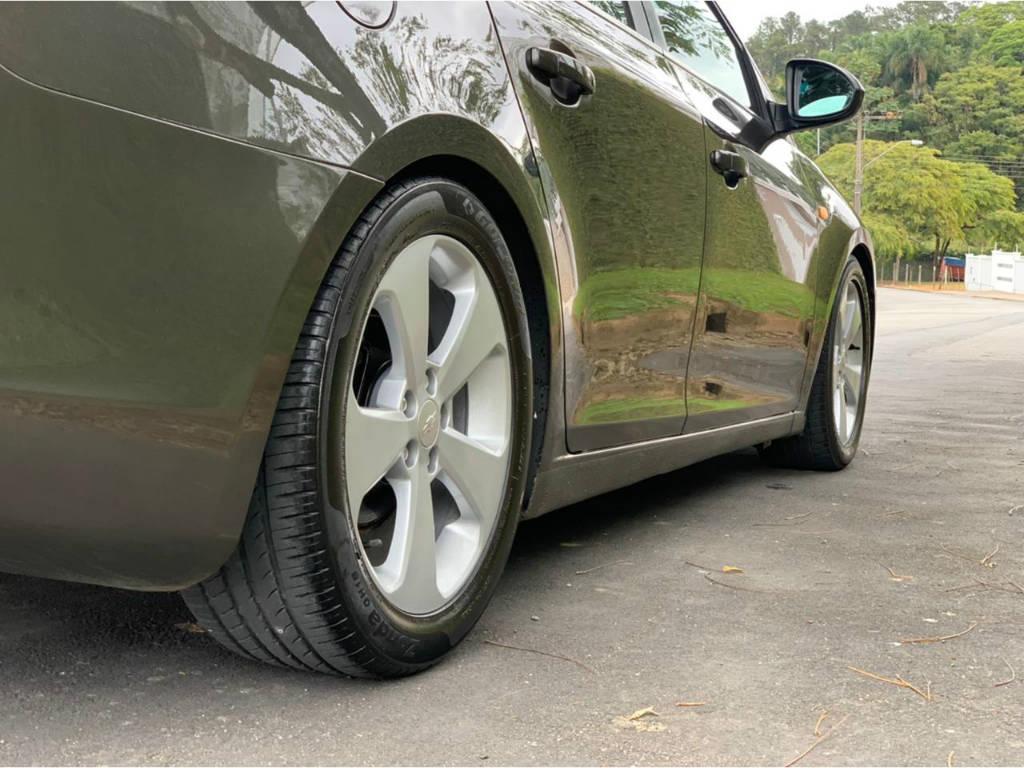Foto numero 7 do veiculo Chevrolet Cruze 1.8 LT AUT - Verde - 2012/2012
