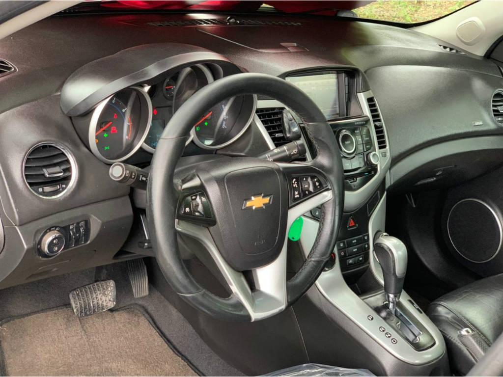 Foto numero 8 do veiculo Chevrolet Cruze 1.8 LT AUT - Verde - 2012/2012