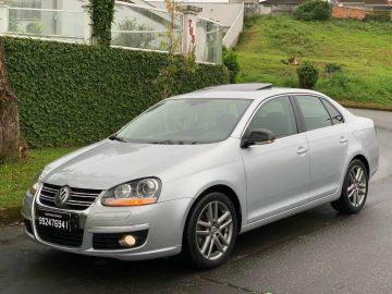 Foto numero 0 do veiculo Volkswagen Jetta 2.5 170CV - Prata - 2009/2010